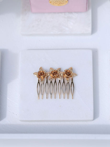 Sydney hair comb in gold