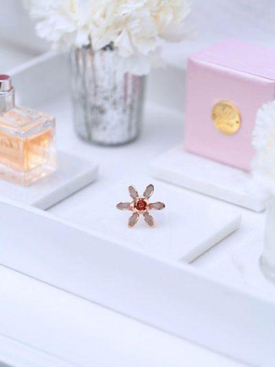 Rose gold dress ring