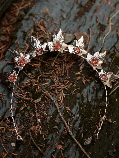 Wedding tiara in rose gold