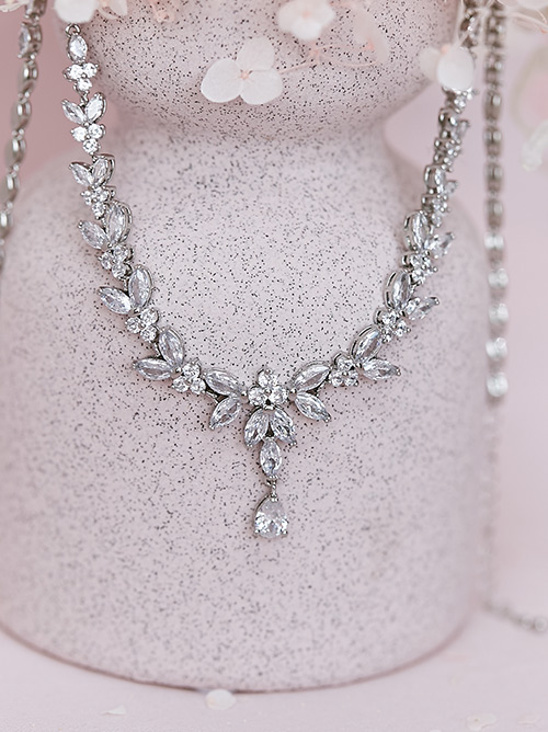 Australian princess bridal necklace style