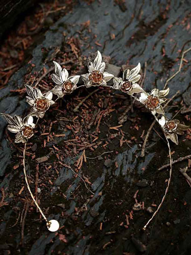 Luxe style headbands for bridal party
