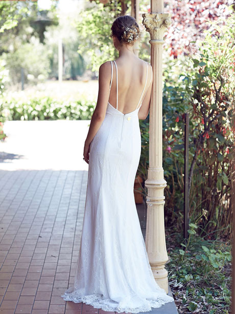 bohemian low back weddingdress