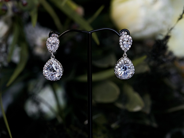 Earrings to compliment Esperance lace gown