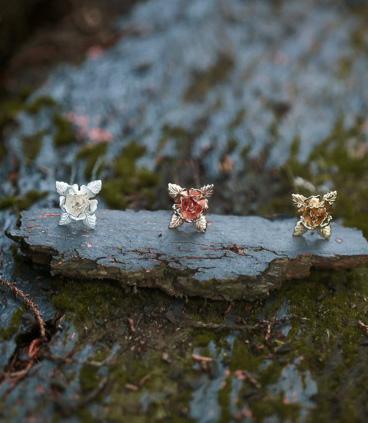 Sydney style flower hair pins