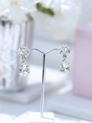 pretty wedding earrings