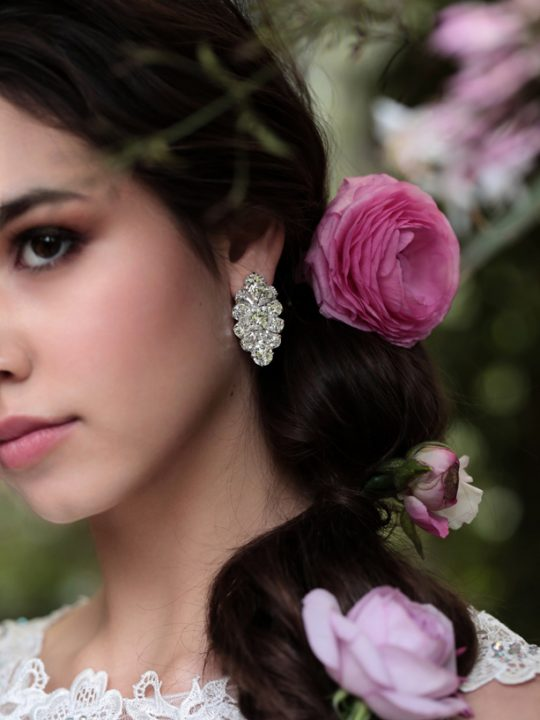 Wedding earrings in Melbourne Divine style