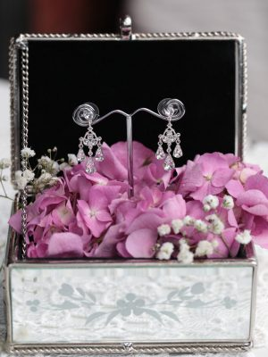 Little chadelier wedding earrings