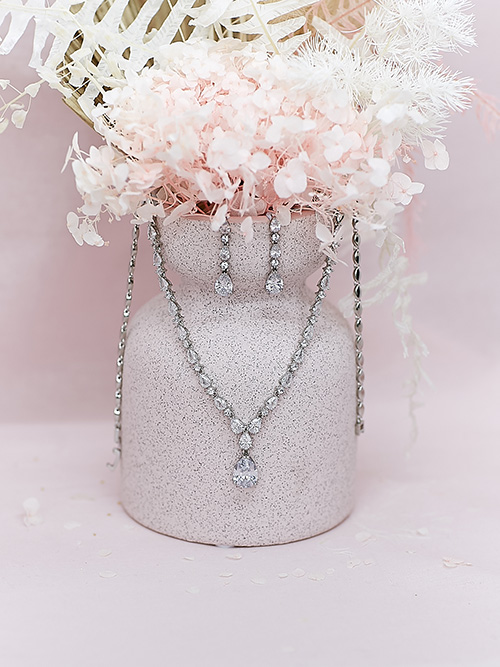 Silver little chandelier necklace