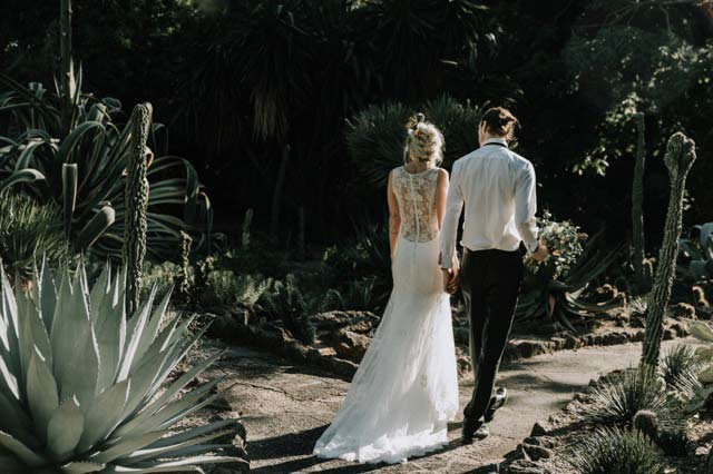 Fitted bohemian wedding dress in cactus garden