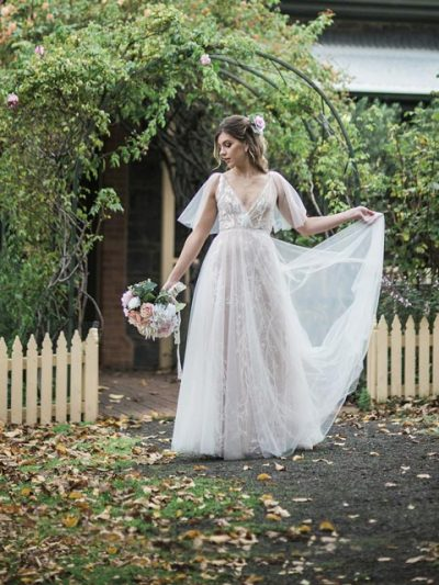 Bohemian style bridal dress in Garden