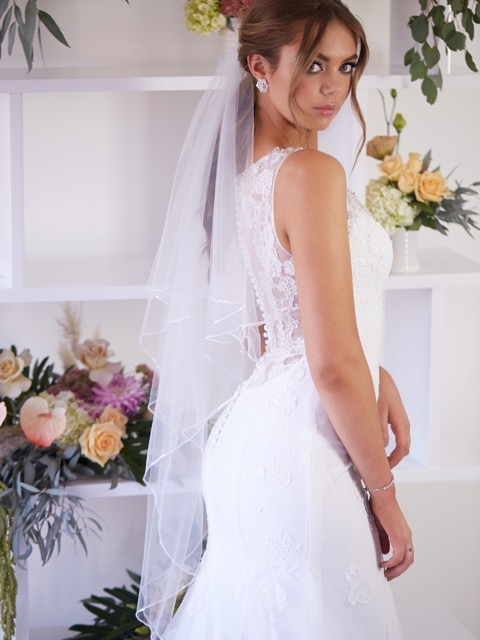 Lace bridal gowns Hello Lovers