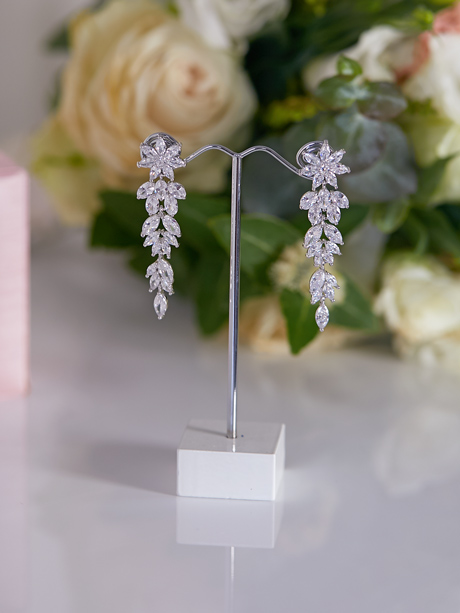 Crystal Bridal earrings in silver