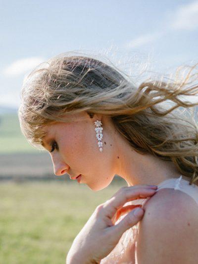 Beautiful earrings Romance style