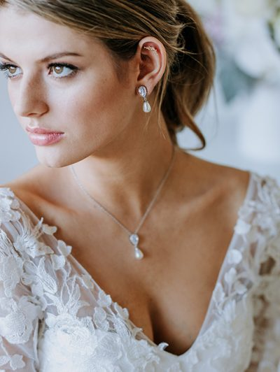 Wedding pearl drop earrings Mystic