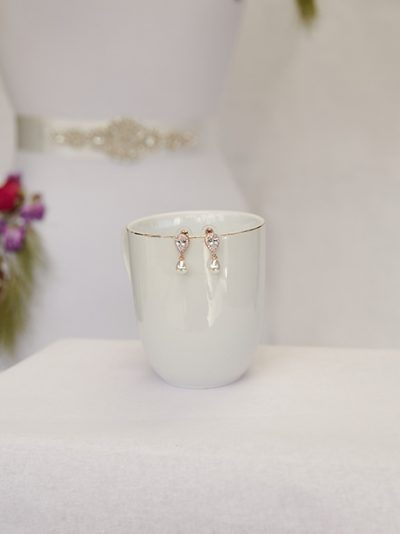 Mystic rose gold with pearl earrings