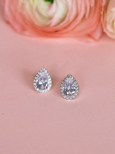 Stud wedding earrings teardrop shape
