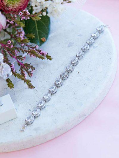 Silver bracelet for brides jewellery set