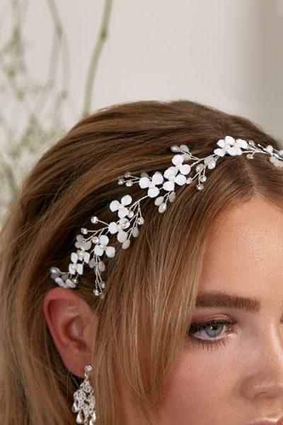 White flower hair vine