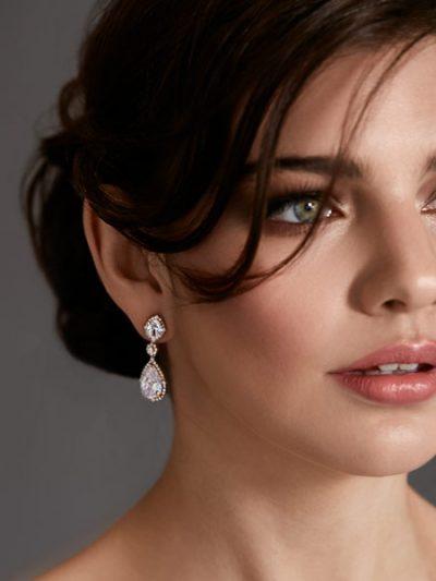 Wedding earrings in rose gold