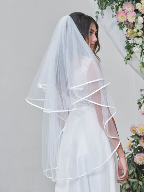Two tier wedding veil