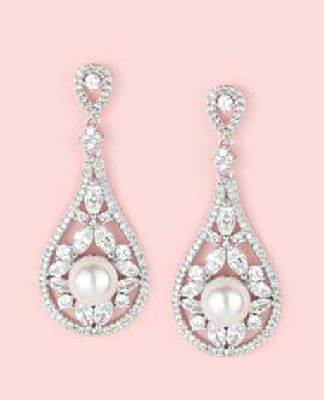 Lotty long exquisite earrings