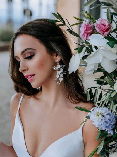 Long luxury earrings with flowers