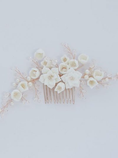 Wedding hair comb in porcelain