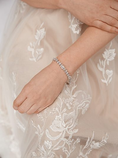 Silver traditional bracelet tennis style