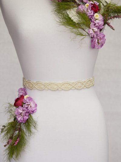Pretty pearl bridal sash