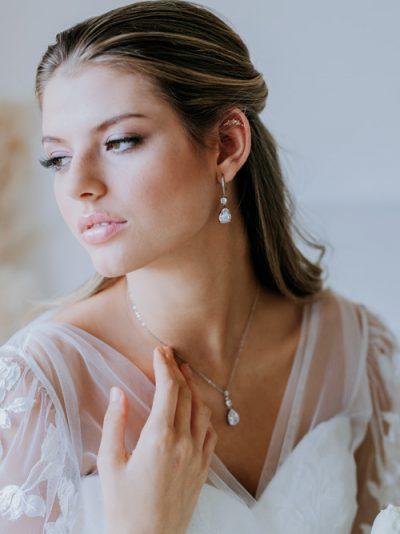 Juliette teardrop necklace
