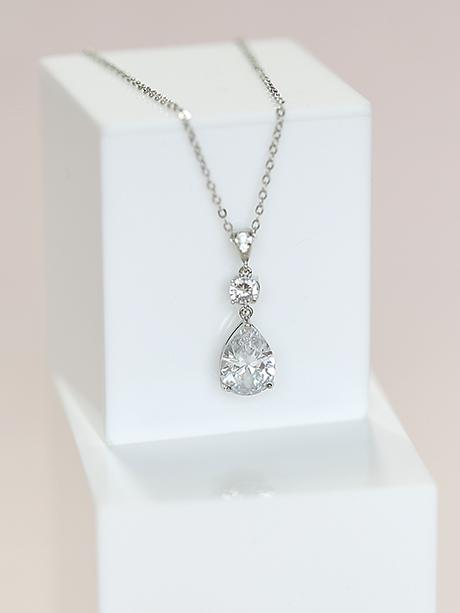 Bridal tear drop necklace