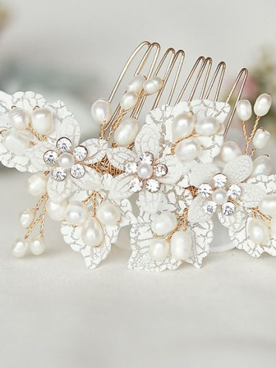 Pearl and lace ivory bridal hairpiece