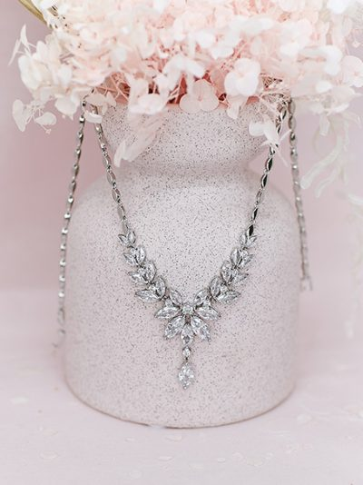 Roxy elegant bridal necklace