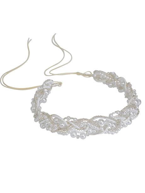 Beaded headband in Pearls