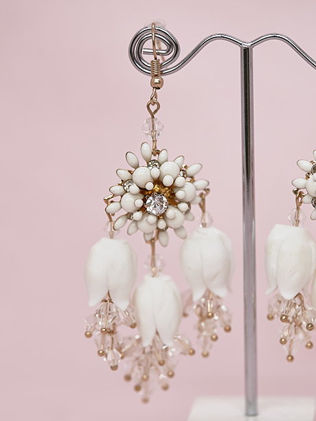 Detailed hanging earrings