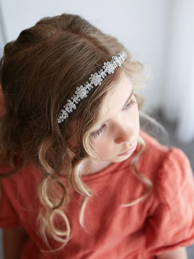 Accessories for flower girl