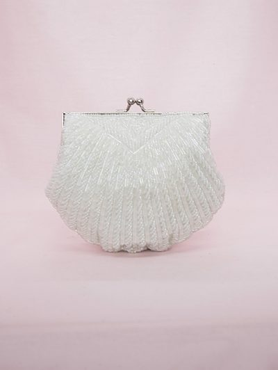 Traditional style clutch